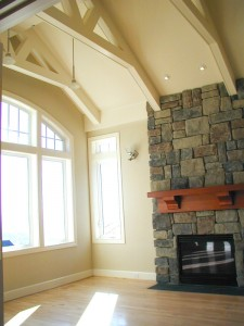 Skylight-Homebuilders-Bend-Oregon--vaulted-ceiling-and-fireplace