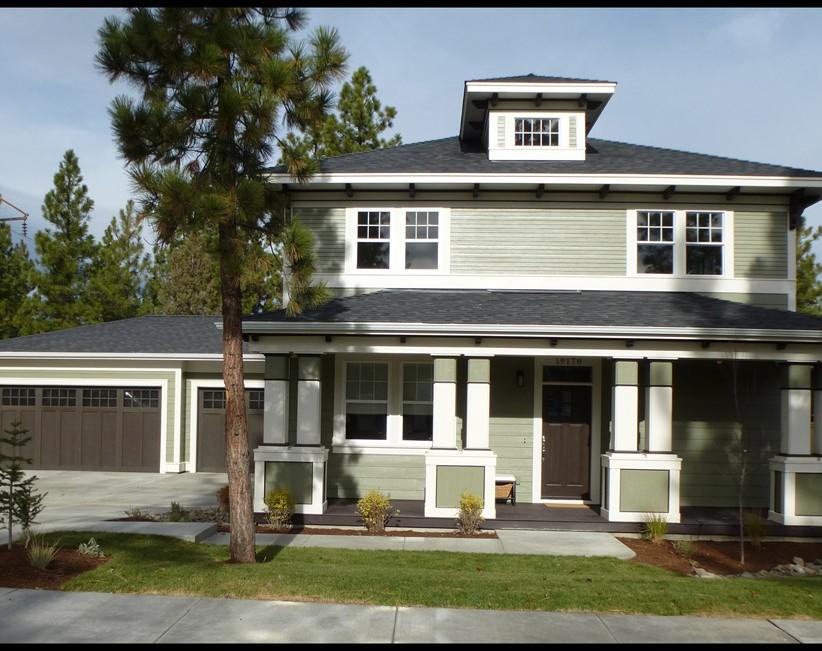 Bend Oregon West Side New homes Skylight Homebuilders Shevlin Pines foursquare design